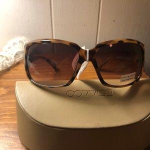 Tommy Hilfiger Oval Brown Sunglasses NWT Miranda